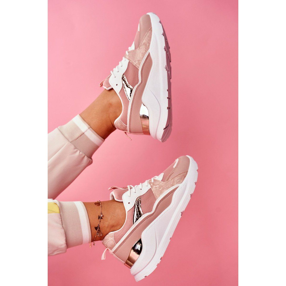Sea Sportowe Damskie Buty Sneakersy Bialo Rozowe Martina Biale Sneakers Nike Nike Huarache Shoes