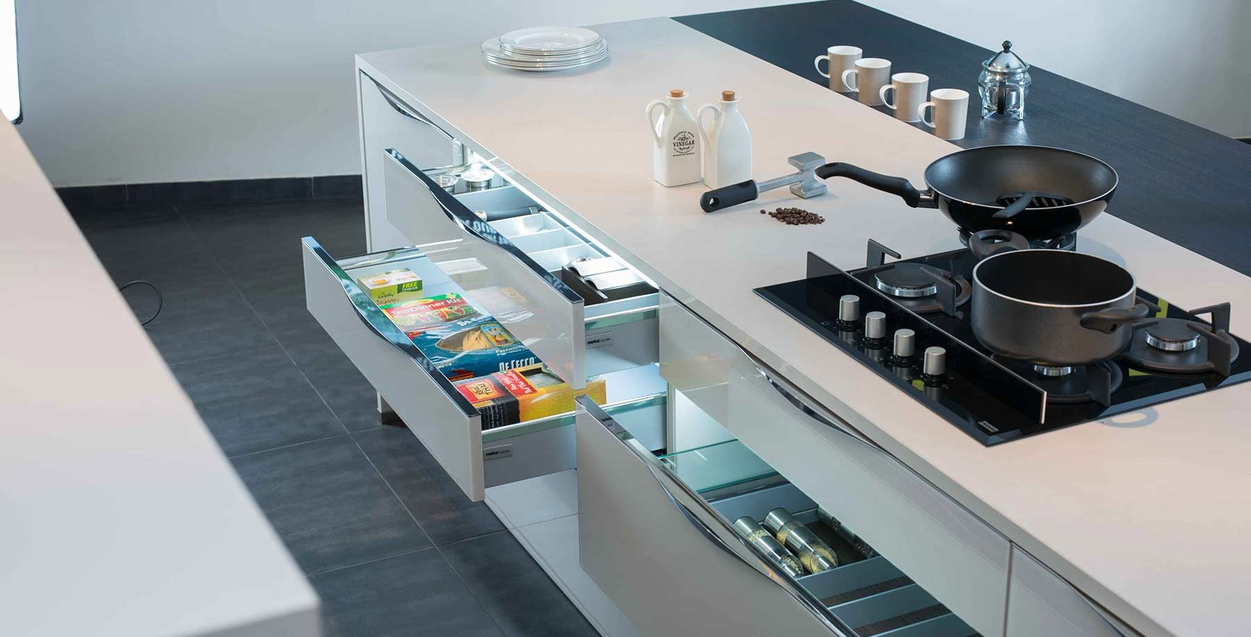 Modular Kitchen Accessories Designs - palesten.com -