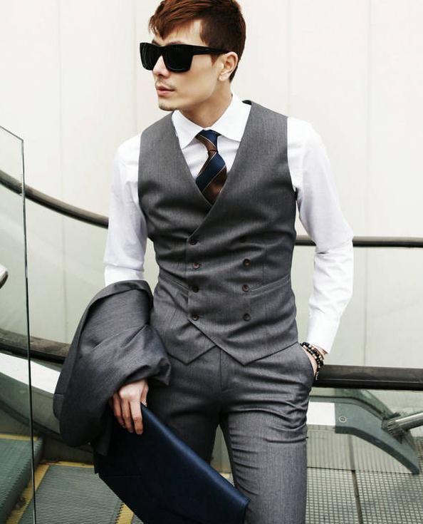 c4314935cf Homens de estilo britânico fino Colete Masculino algodão Breasted homens  casaco sem mangas Colete em Coletes de Roupas e Acessórios - Masculino no  ...