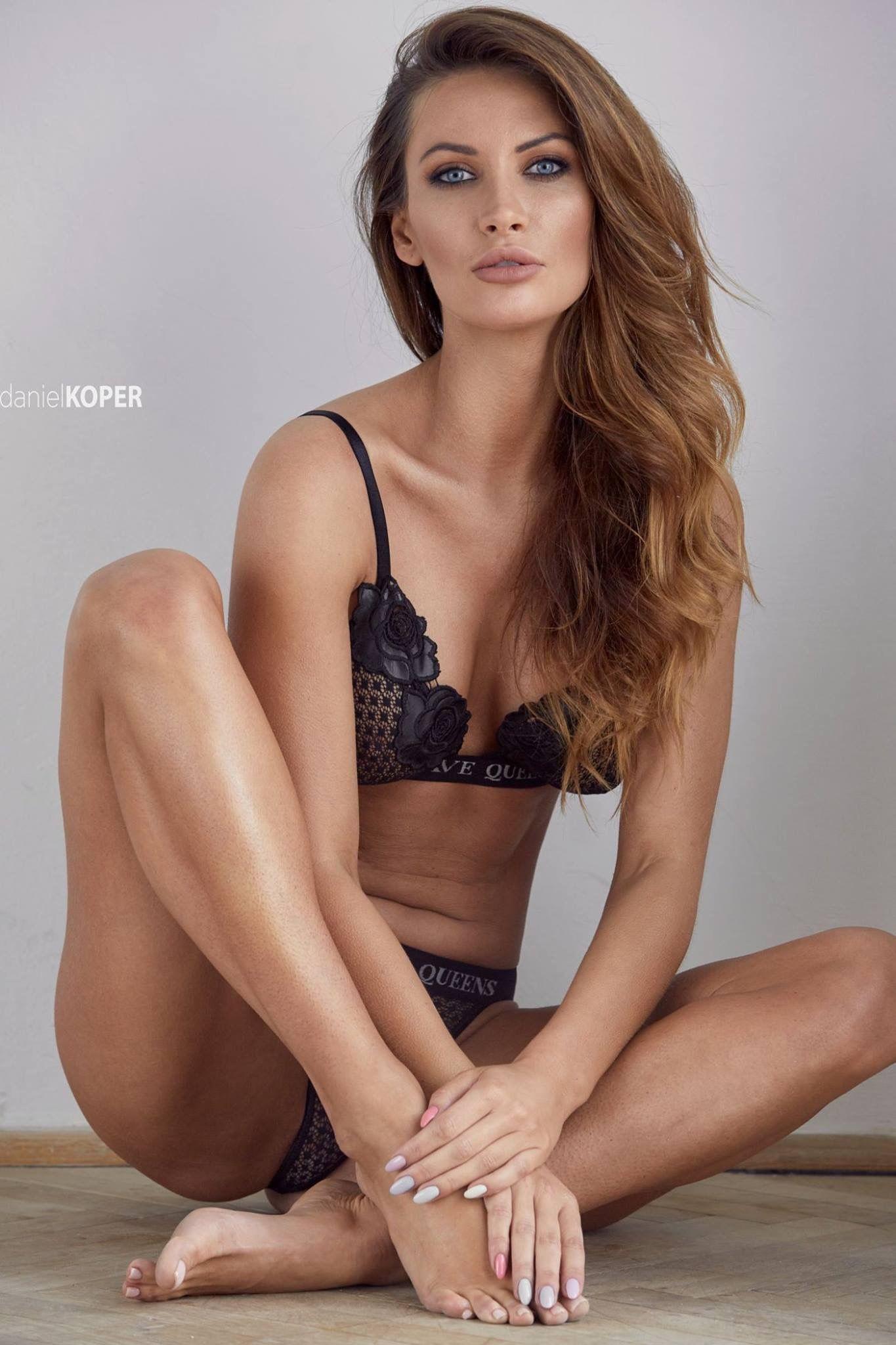 Karolina Wozniak nudes (25 pics), Is a cute Ass, Snapchat, legs 2018
