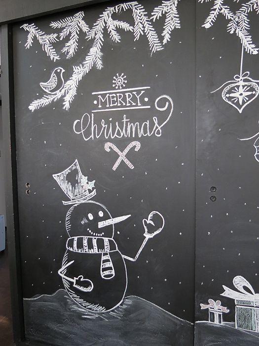 Christmas Chalkboard Art: A New Tradition | A Goode House - Fensterdeko/Weihnachten - #Art #Chalkboard #Christmas #FensterdekoWeihnachten - #Art #chalkboard #christmas #fensterdeko #fensterdekoweihnachten #FensterdekoWeihnachten #goode #house #tradition #weihnachten #fensterdekoweihnachten