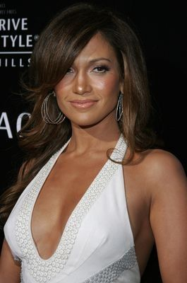 GLOSSY PHOTO PICTURE 8x10 Jennifer Lopez Beautiful With Long Hair On The Shoulde