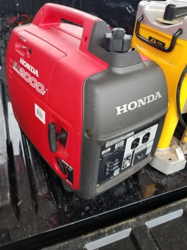 Honda EU2000i Portable Generator 2000 Watt Lightweight Super Quiet