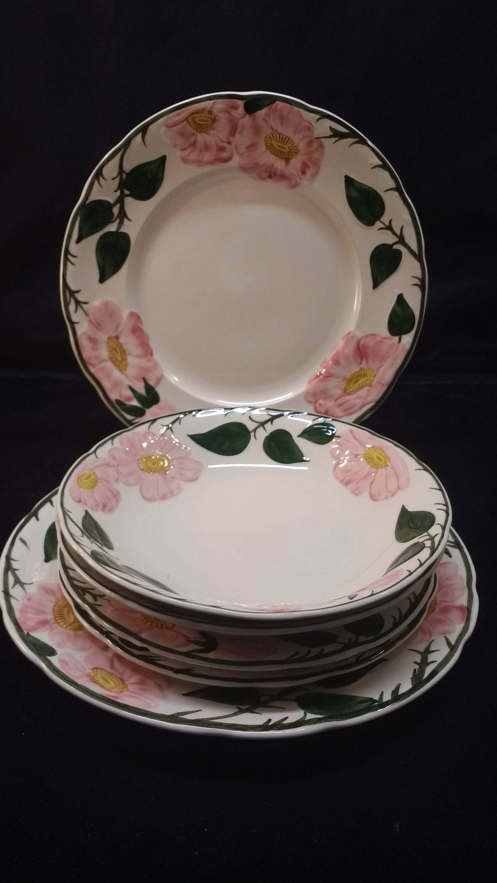 Vintage Wild Rose Pattern Villeroy And Boch Replacement Dishes Replacement Dishes Rose Dishes Unique Items Products