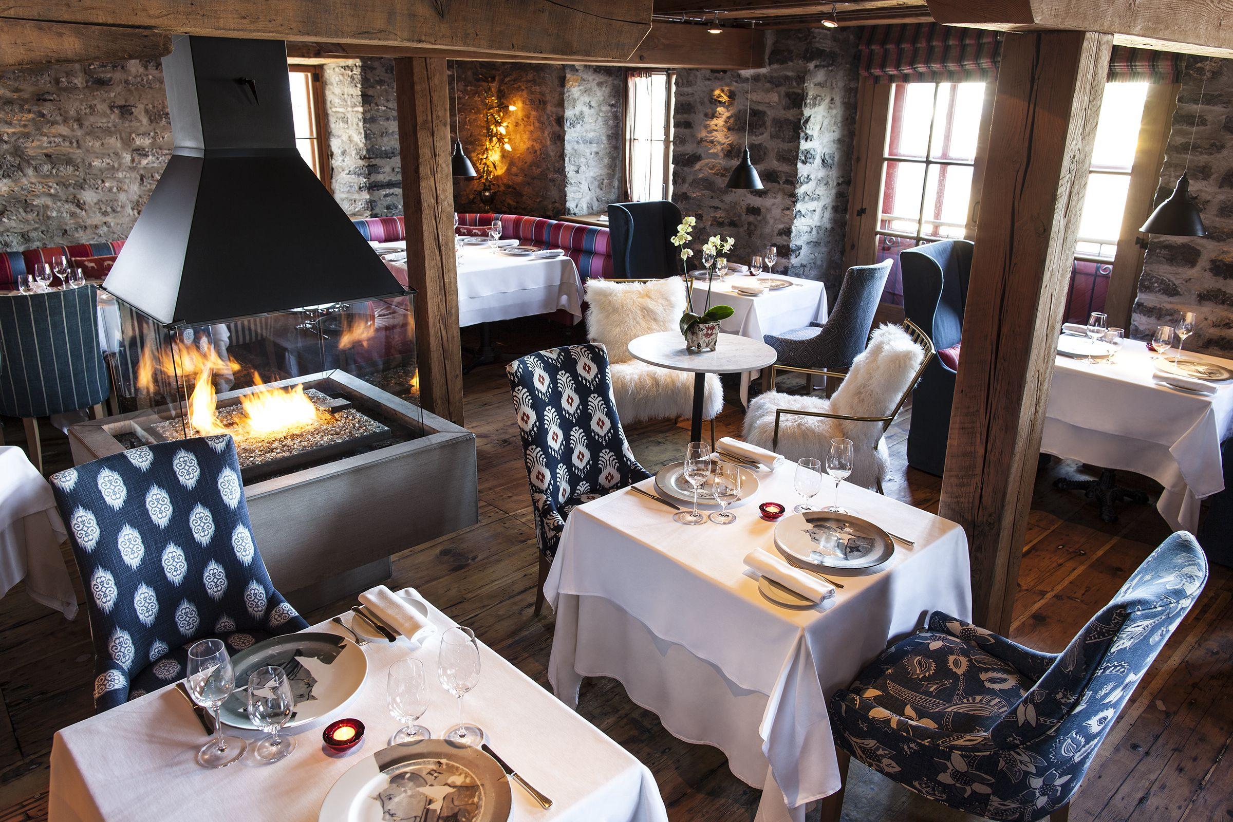 Panache Restaurant Gastronomique Elegant Et Chic A La Fois Panache 4 Diamants Restaurant Private Dining Room Wellness Design