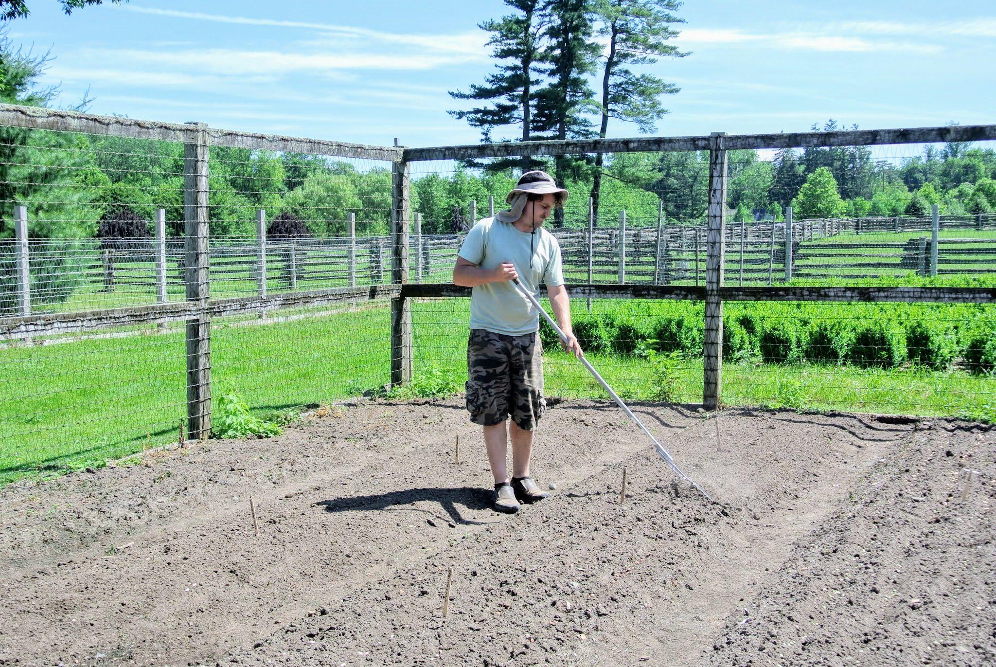 Martha Stewart Farm Fence Idea Modern Fence Farm Fence