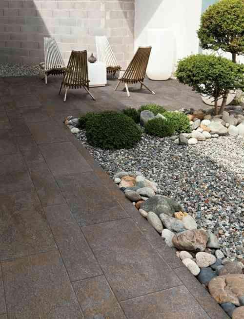 Carrelage Exterieur De Terrasse En Gris Fonce Dolomia Par Coem Patio Patio Stones Modern Garden