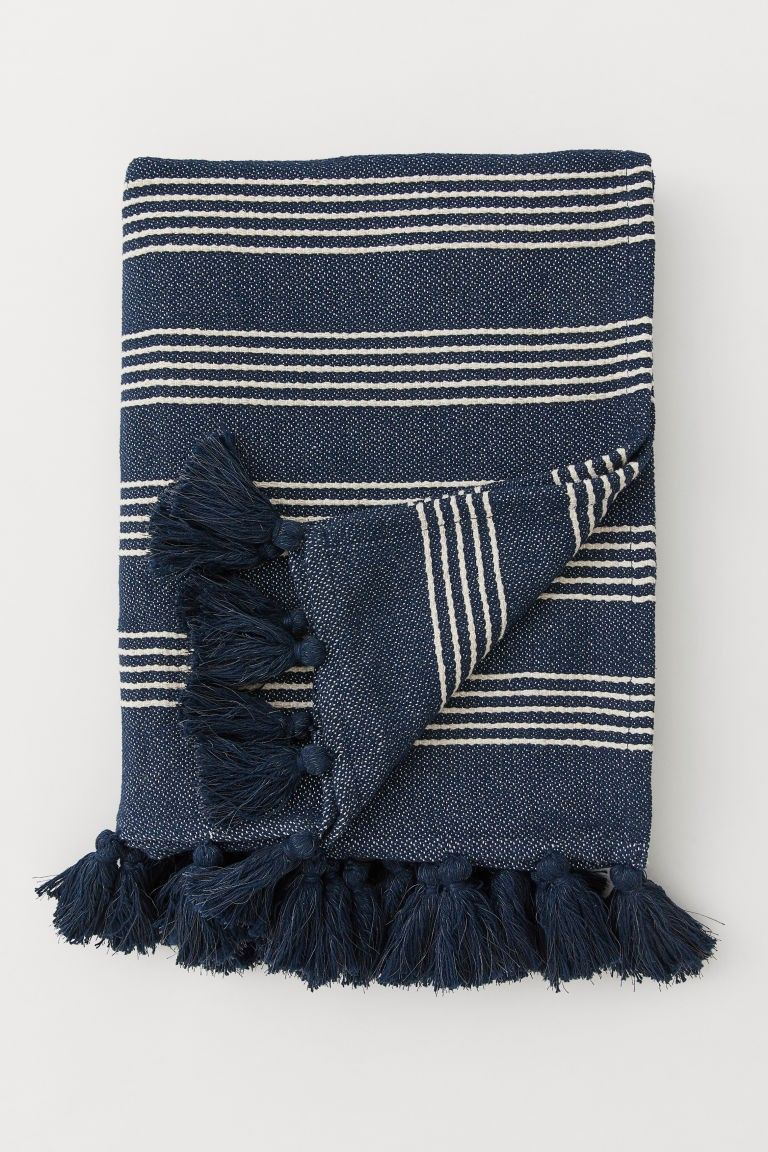 Stylish Entryway Ideas For A Beautiful First Impression Jane At Home Blue Throw Blanket Striped Throw Blanket Striped Blankets