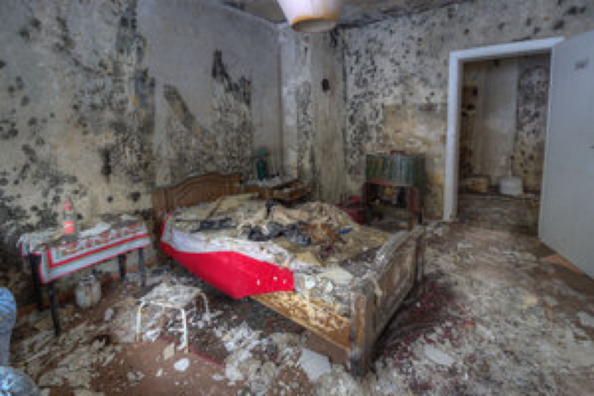 abandoned hotel room by scruffybread on @DeviantArt