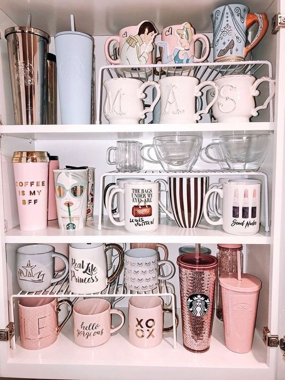 46 Kitchen Cabinet Organization Ideas » Lady Decluttered