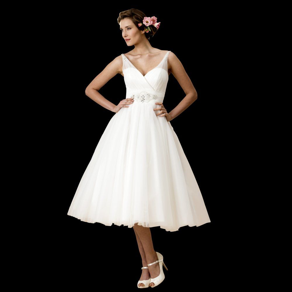 Monroe Marilyn style wedding dress pictures