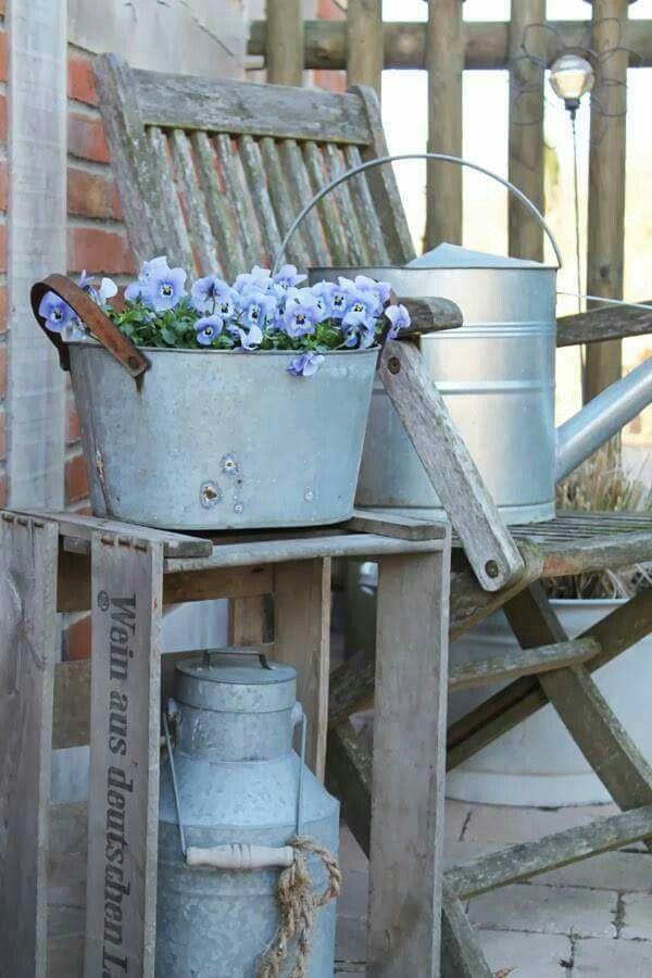 Shabby Chic In Blue Garten Deko Shabby Chic Garten Und Garten Ideen