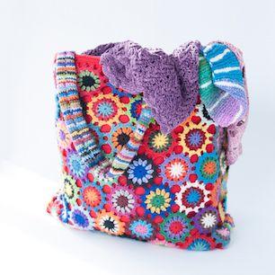 gorgeous bag using the Bloemen haken - bloementas, pattern in Dutch