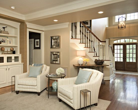 Gorgeous family room/foyer