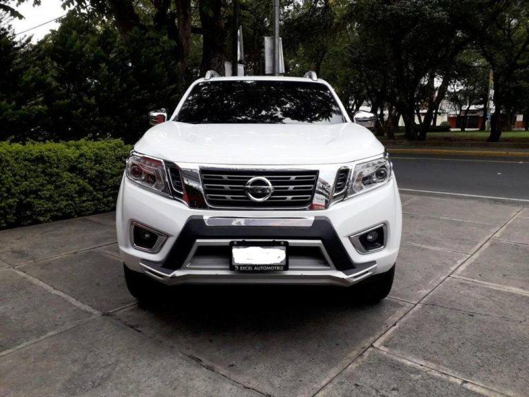 Nissan Pickup Frontier Rotulo Nissan Pickup Manchas Tipo Raptor Ca En 2020 Nissan Chainsmokers