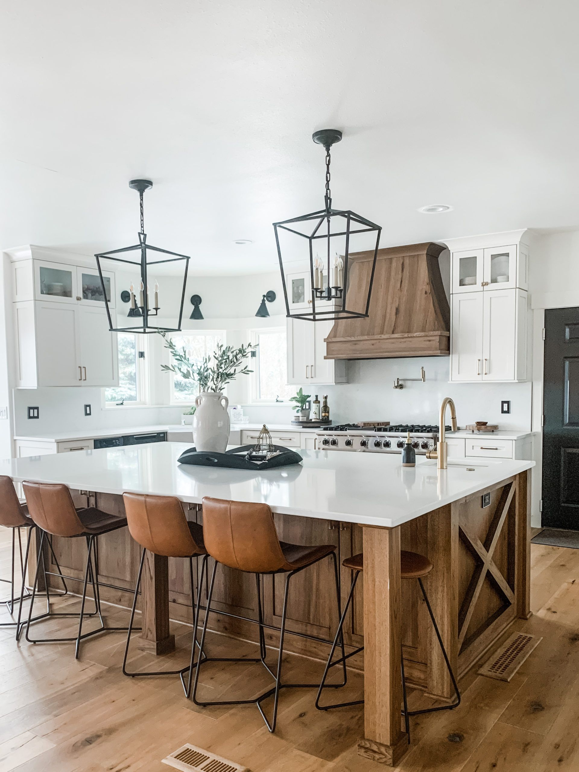 Modern Mountain Kitchen Remodel: The Big Island Takeover