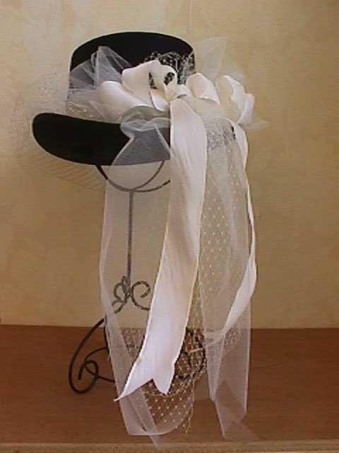 9657b573720 Ladies English Riding Hat. 1800 s.