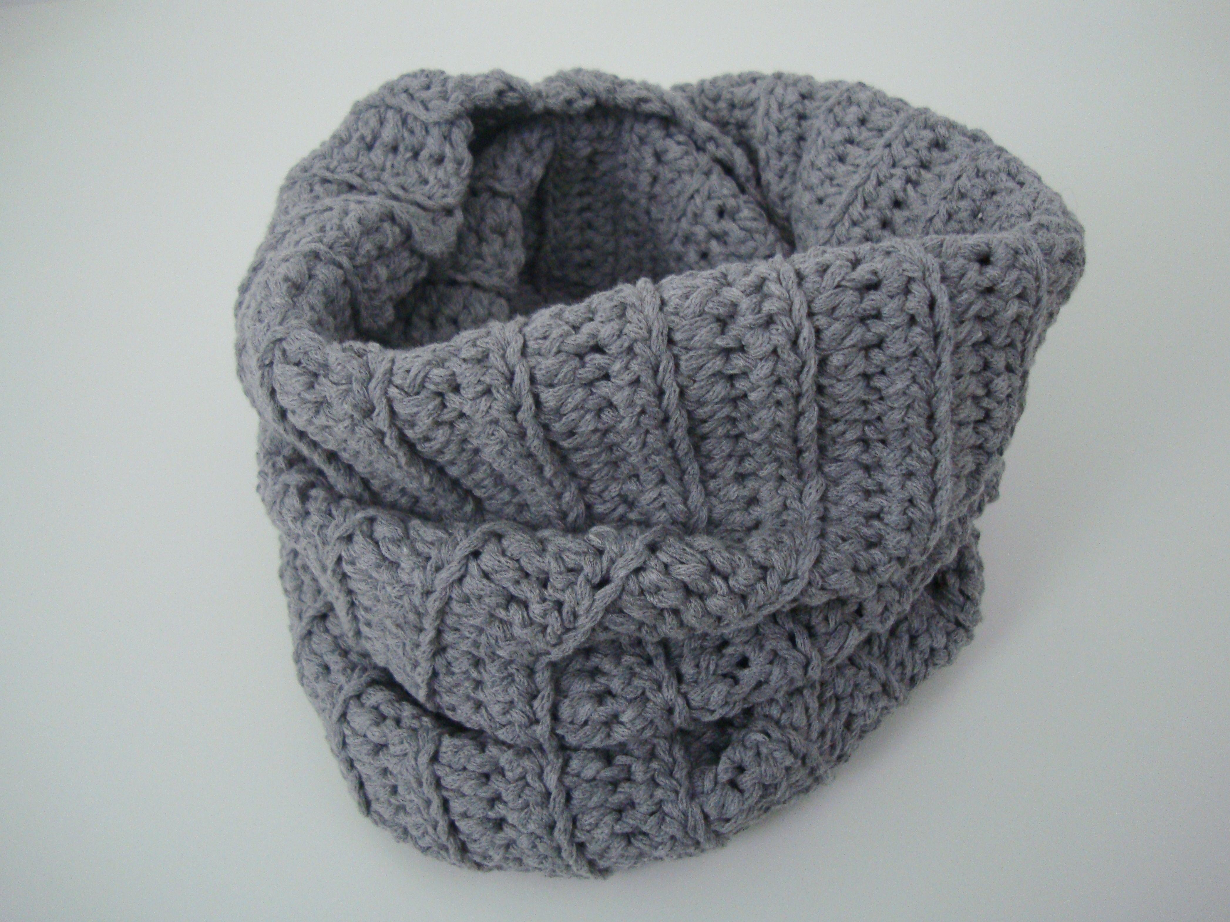 Crochet snood by Hilaria Fina #crochet #snood #handmade www.facebook ...