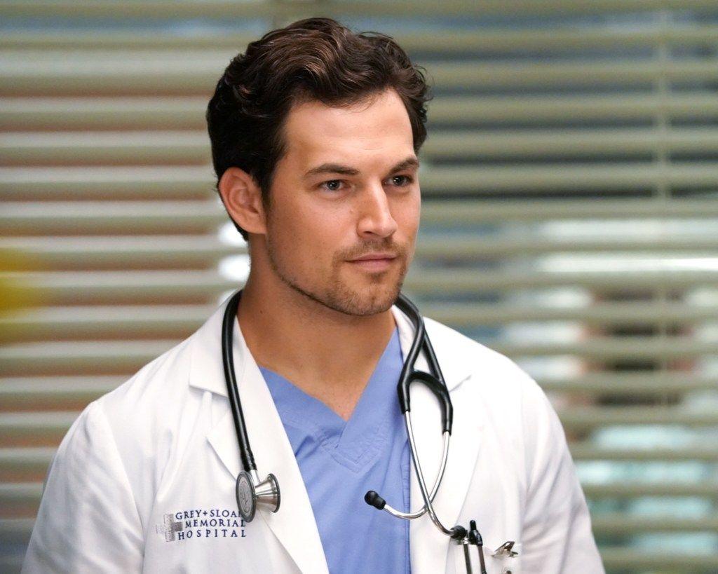 Preview Grey S Anatomy Season 14 Episode 3 Go Big Or Go Home Greys Anatomy Season Grey S Anatomy Season 14 Giacomo Gianniotti