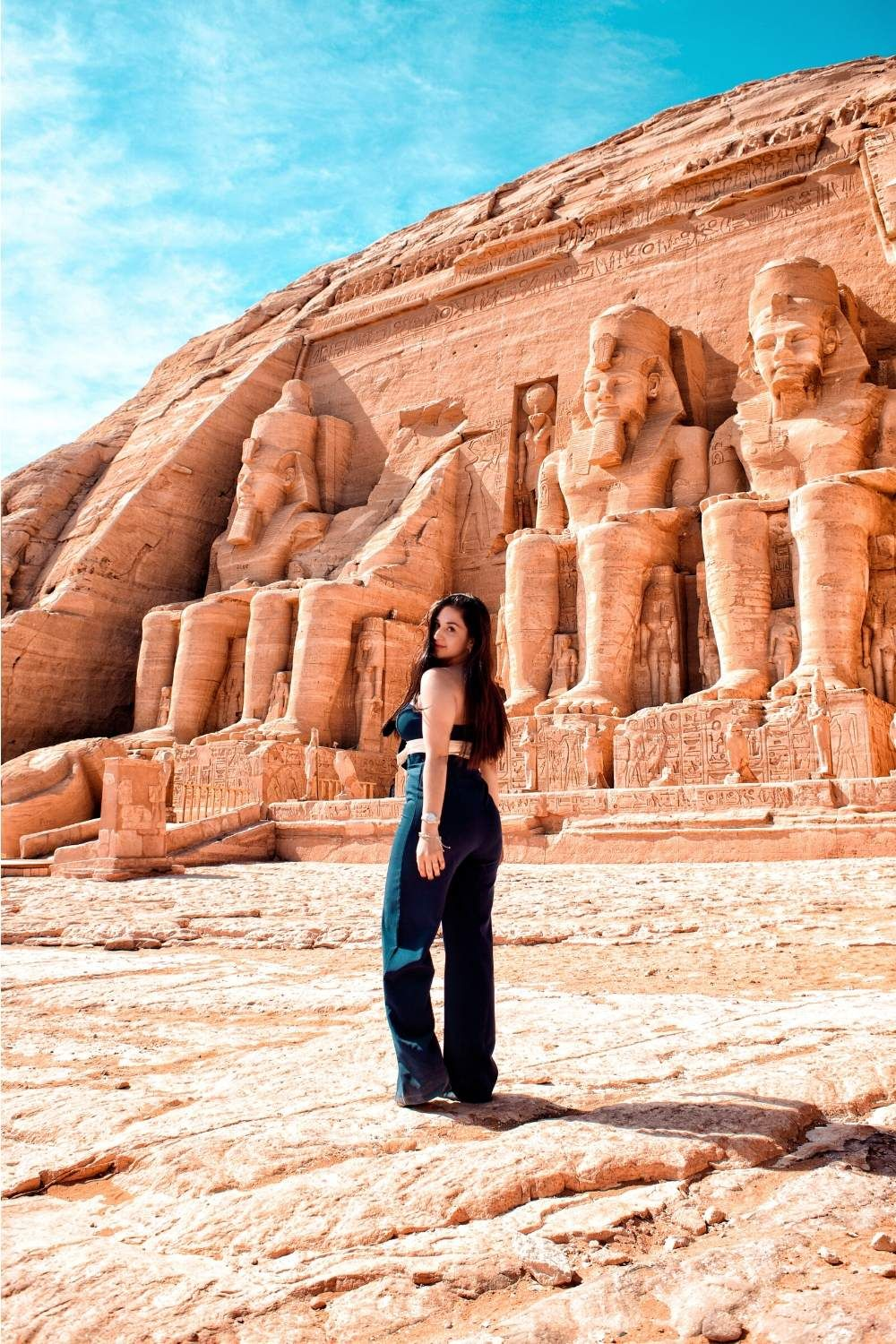 Inspirational Quotes For Travelling Alone Itsallbee Solo Travel Adventure Tips Egypt Travel Luxor Egypt