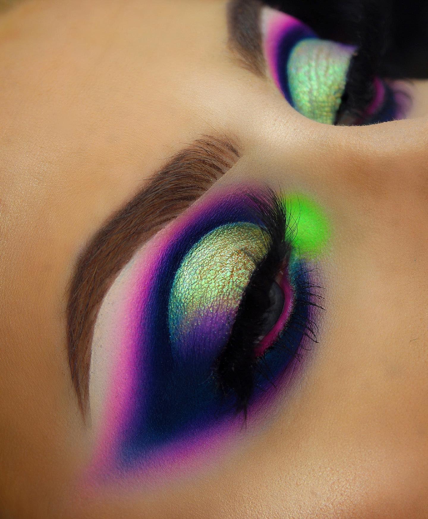 Photo of Professional Makeup Brushes & Makeup Brush Sets | Crownbrush