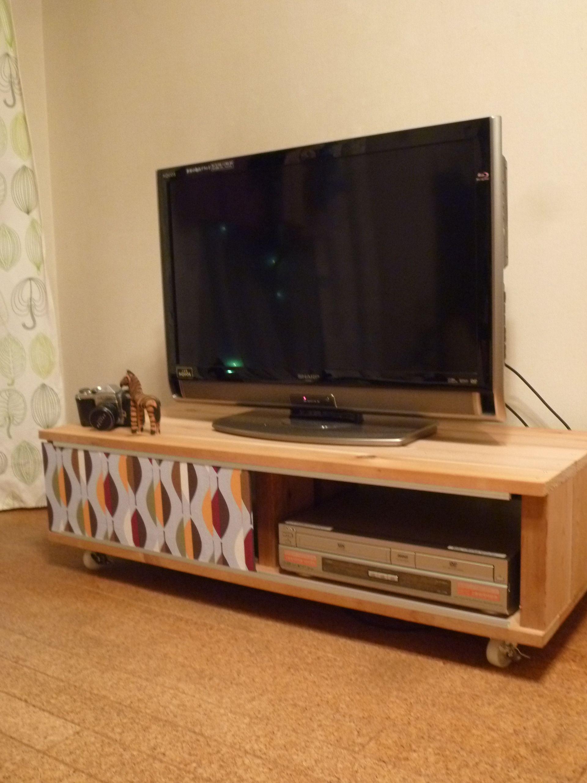 シンプルテレビボードを作ろう テレビ台のdiyを紹介 完成 テレビ台 手作り テレビボード Diy テレビ台インテリアアイデア