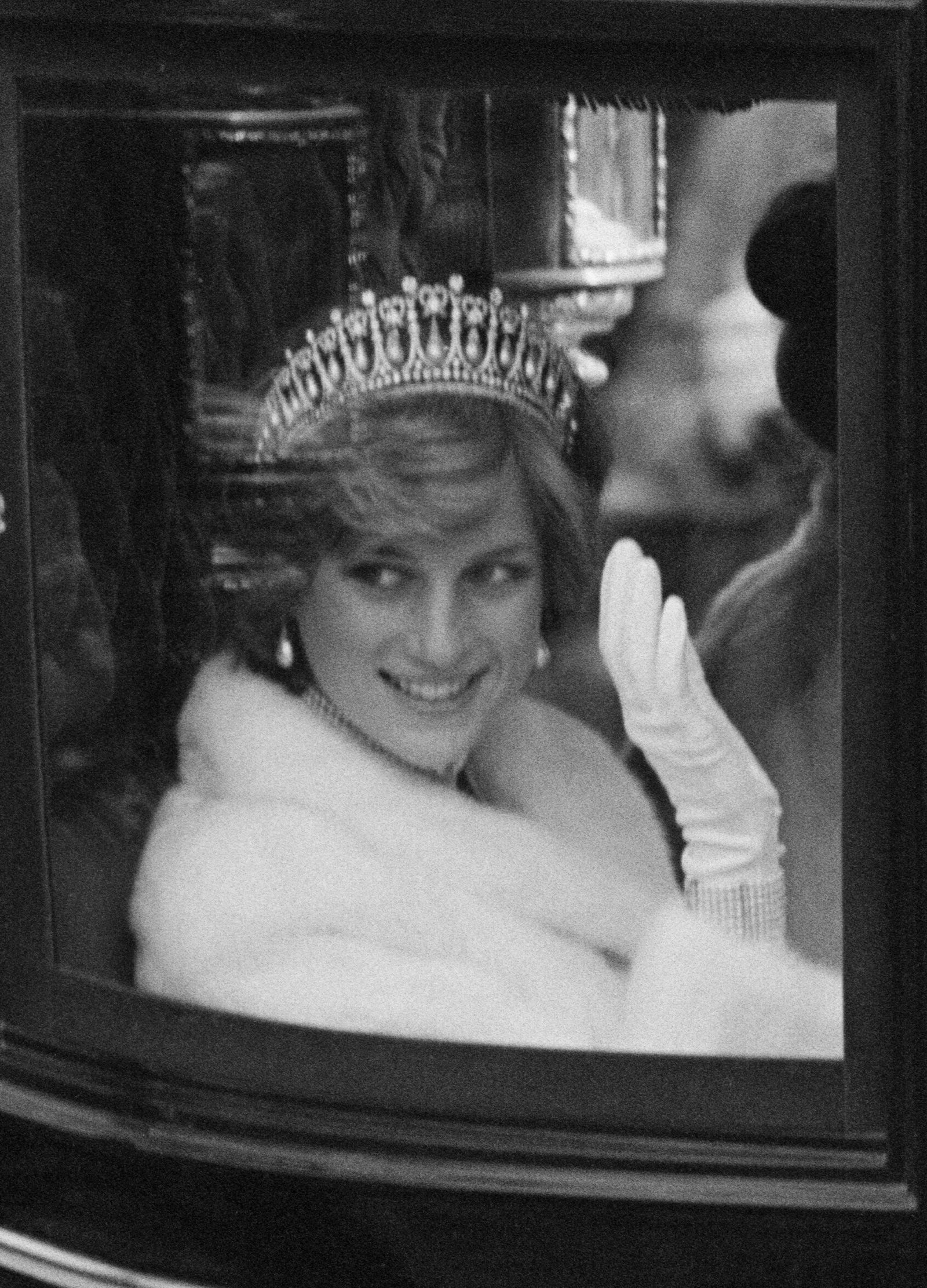 25 Best Royal Tiara Moments of All Time #princessdiana