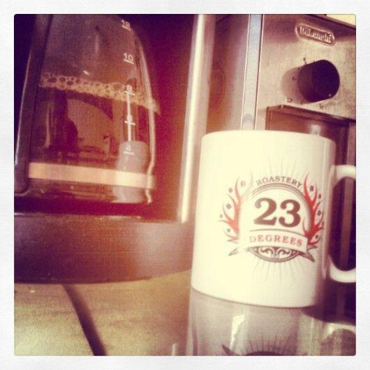 Waiting for the brew! Needed a full pot today! #23degreesroastery #23drmug #coffee #fresh #MorningStar #Friday #tgif #local #organic #fairtrade #toronto #GTA #smallbatchroasting #Ontario #Canada #Parkdale #autodrip