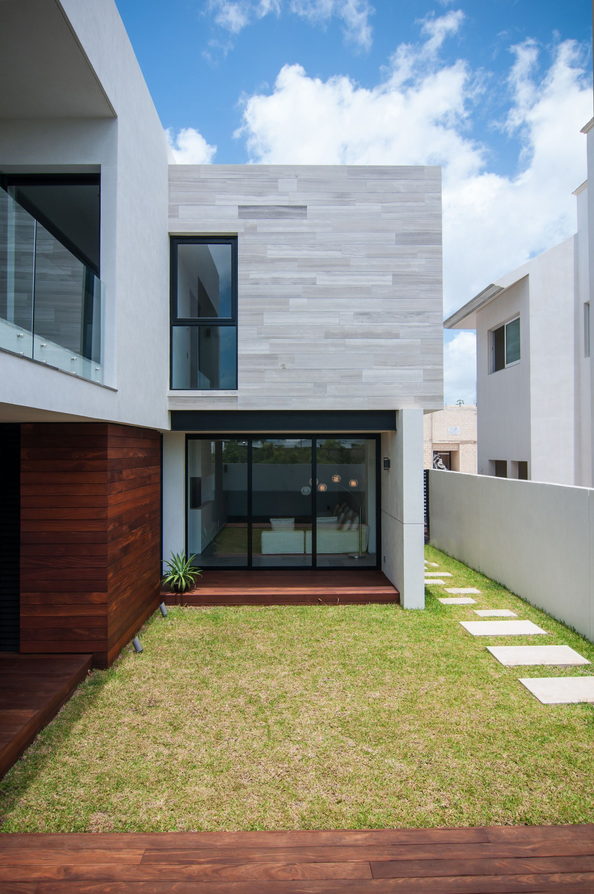 Galer a de casa paracaima taff arquitectos 11 for Galerias casas minimalistas