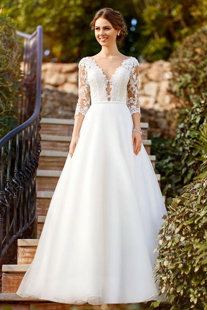 Brautkleid in A-Linie mit dreiviertel Ärmeln aus Spitze. # ...