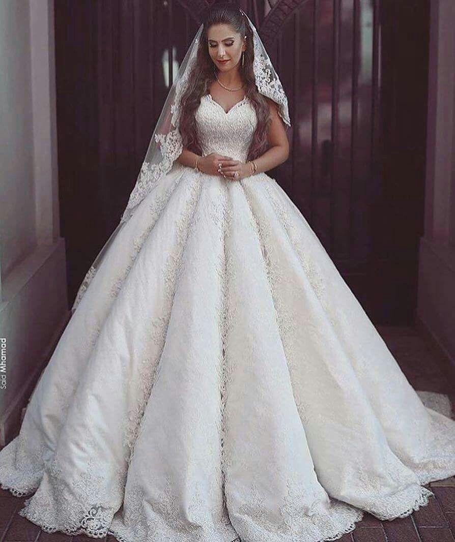 aida kamili adlı kullanıcının vestidos de novia ♡♡♡ panosundaki