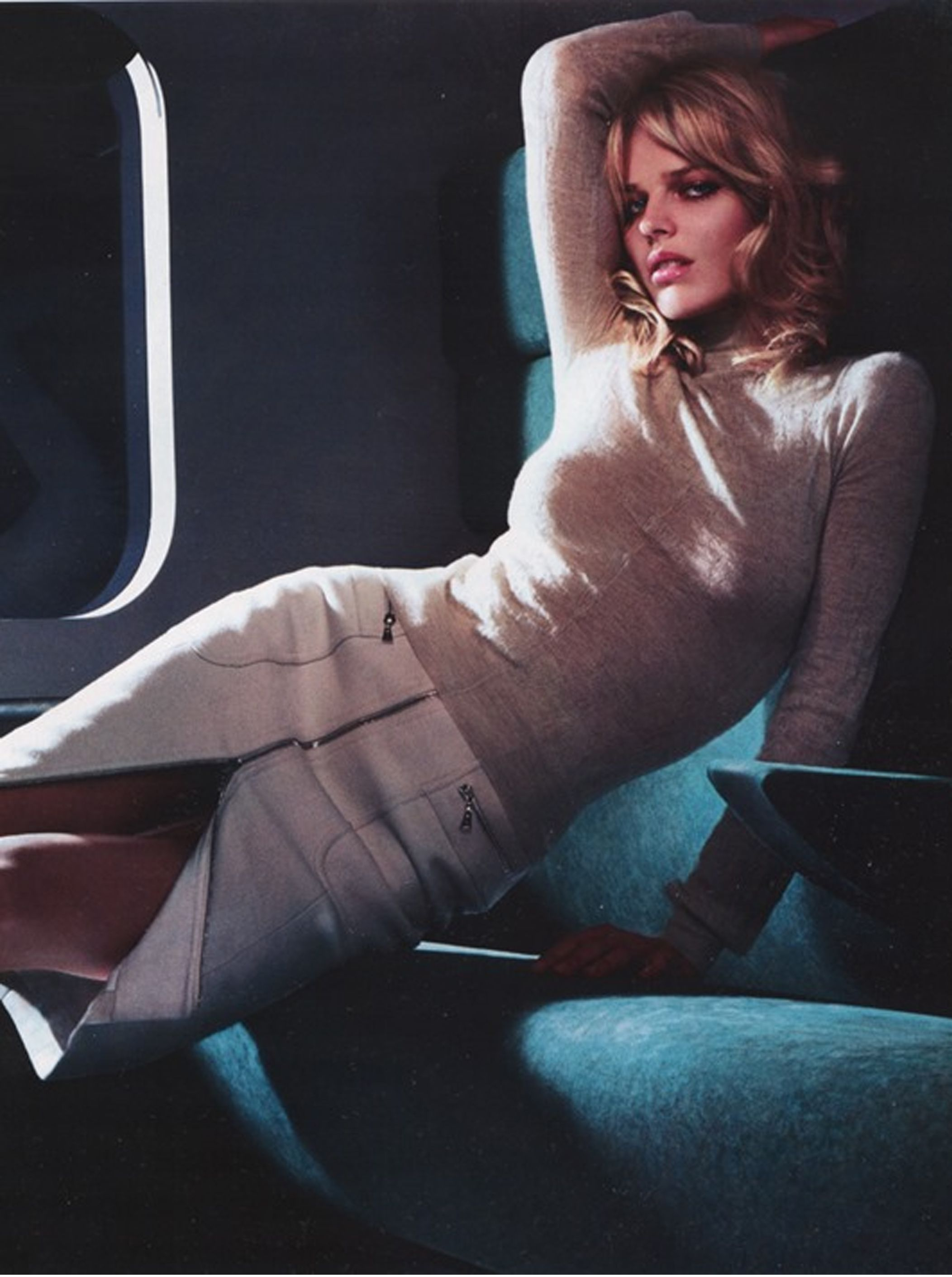 ec825b95170b Eva Herzigova by Mert Marcus for Louis Vuitton Fall Winter 2002   ...