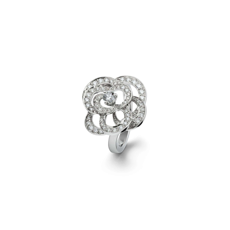 8b752720c2a0d0 Advertisement; Camélia - Jewelry   CHANEL