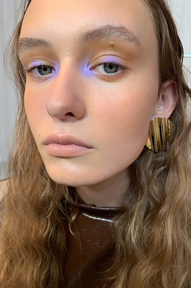 The new cool-girl way to wear pastel eyeshadow
