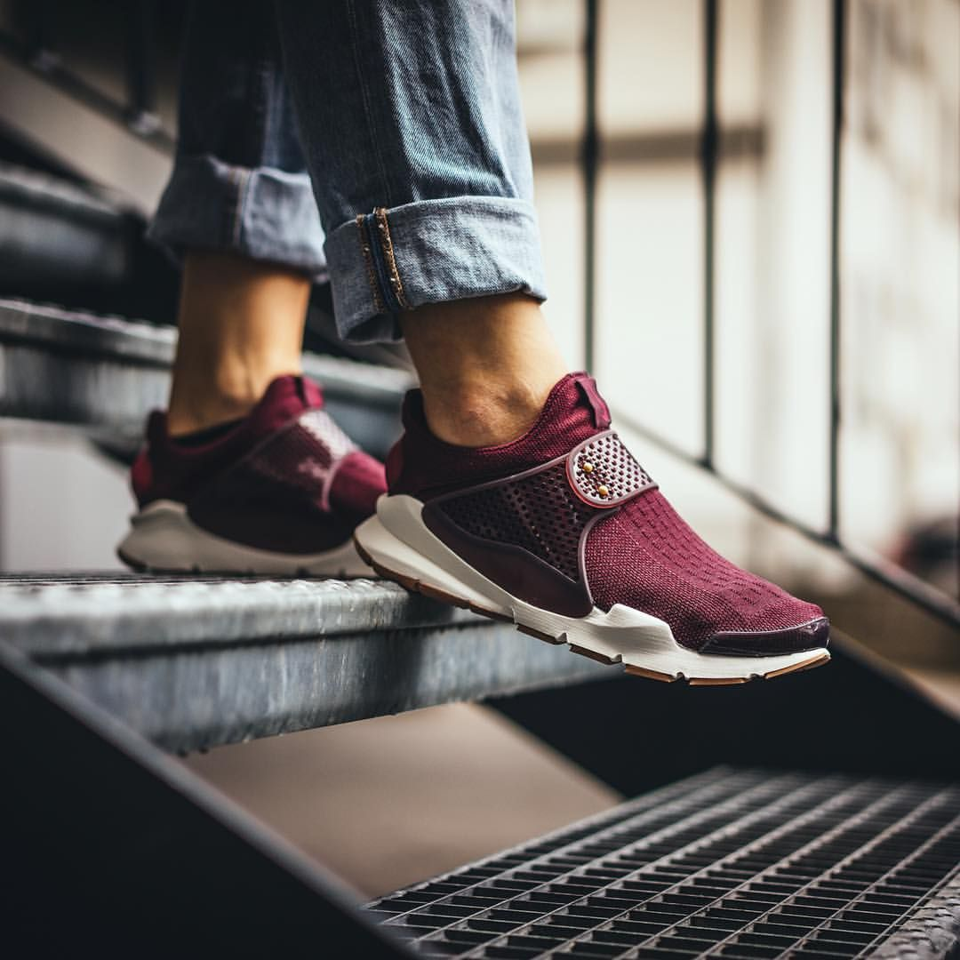 992776f354494 The WMNS Sock Dart (night maroon / noble red / sail) by Nike is now ...