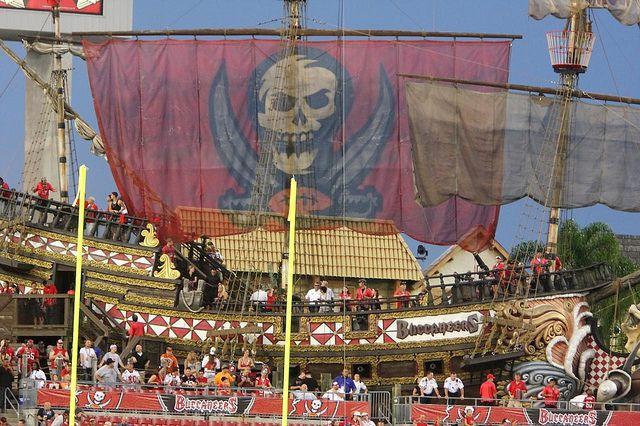 Tampa Bay Bucs Pirate Ship Photos Google Search Tampa Bay Bucs Tampa Bay Tampa