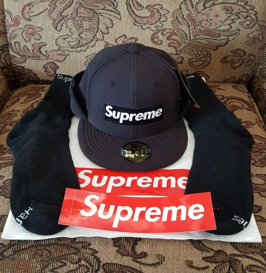Supreme New Era Polartec hat 7 1/2 Black w/Red Box Logo