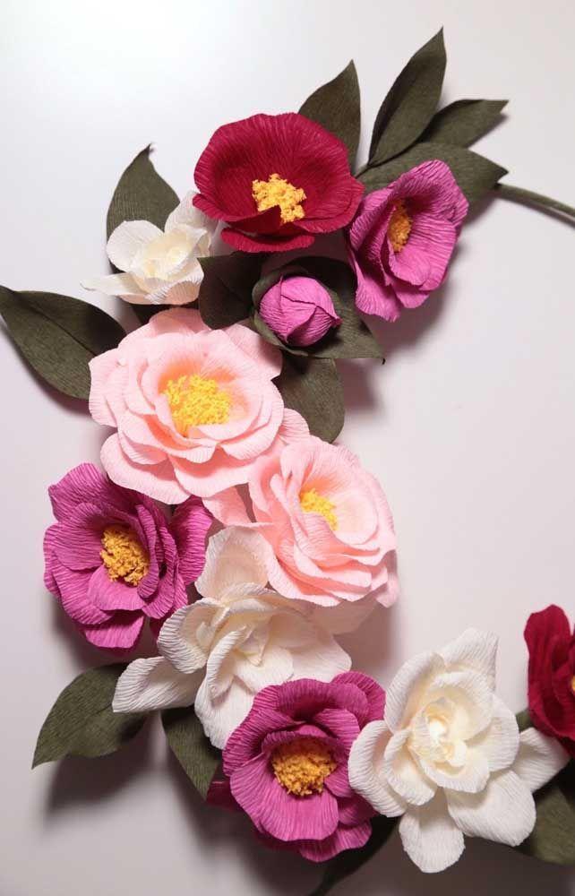 Arranjo Lindo De Flores Coloridas Para Cabelo Feitas Em Papel