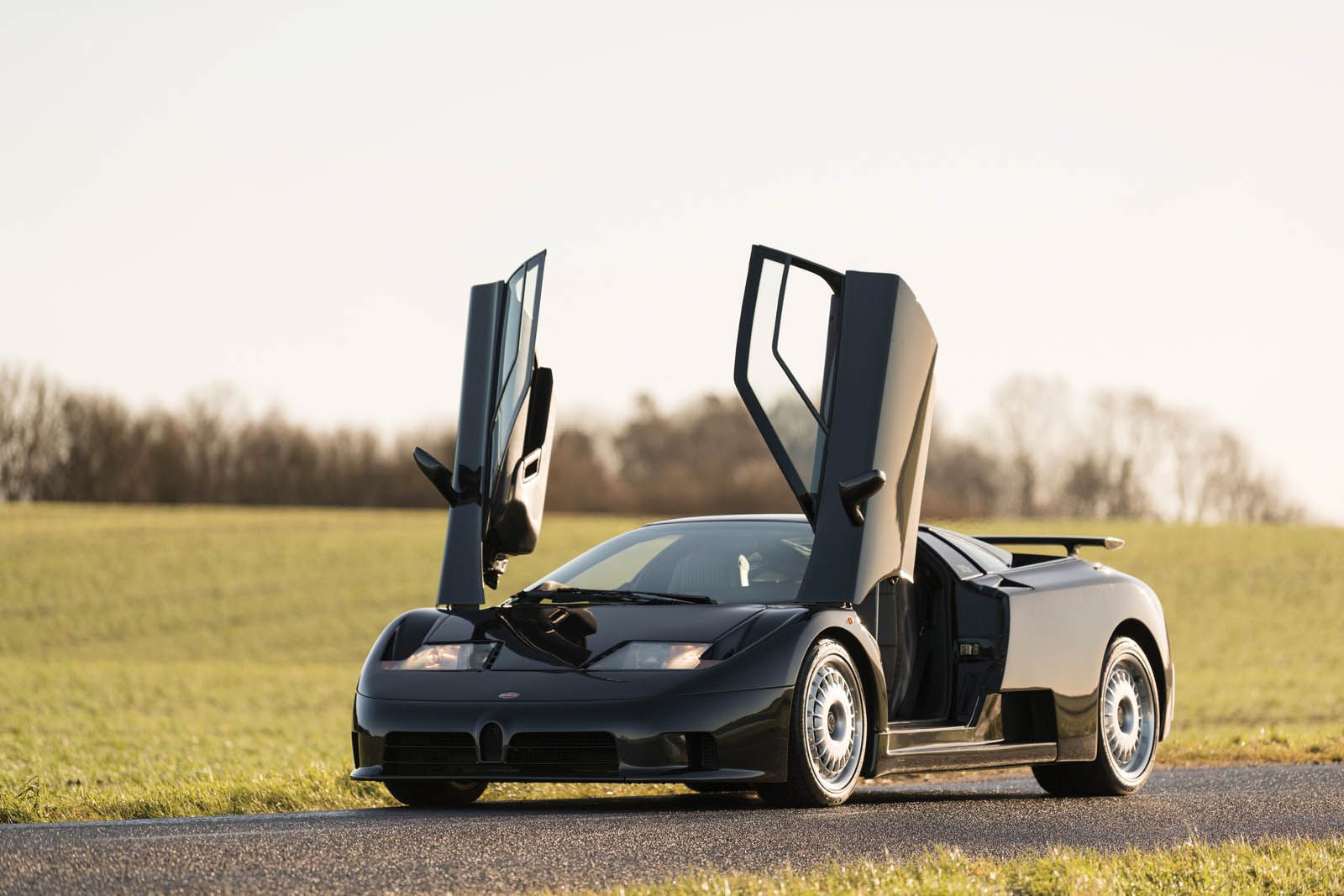 This Bugatti Eb110 Could Be The Next Best Thing To A Chiron Carscoops Bugatti Eb110 Bugatti Bugatti Cars