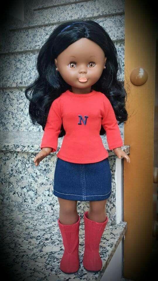 Nancy con diseño del costurero de Chus