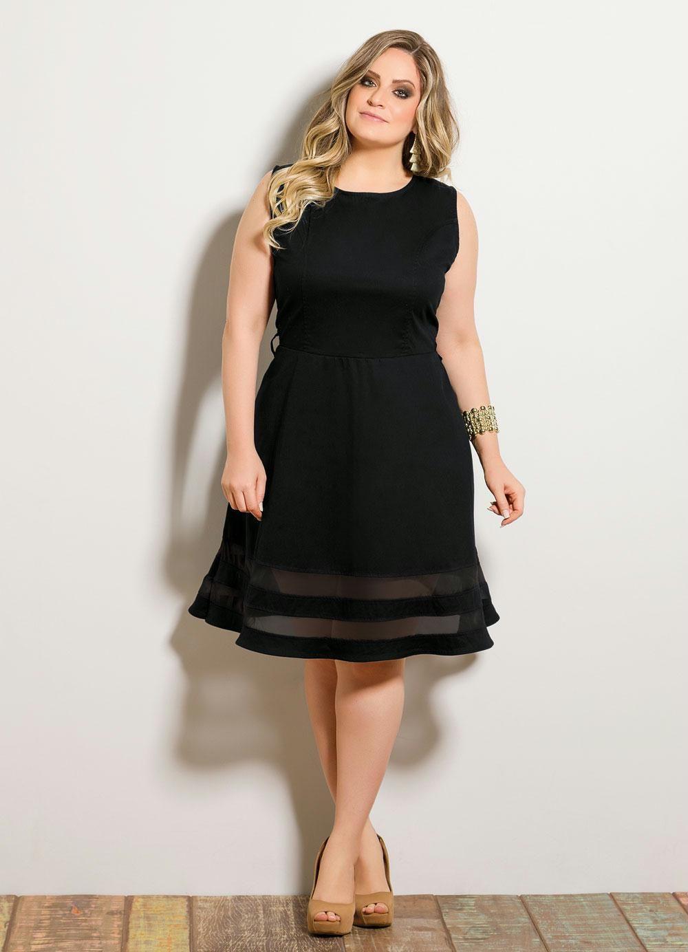 e5c23b5cb Vestido Evasê com Transparência Preto Plus Size - Posthaus