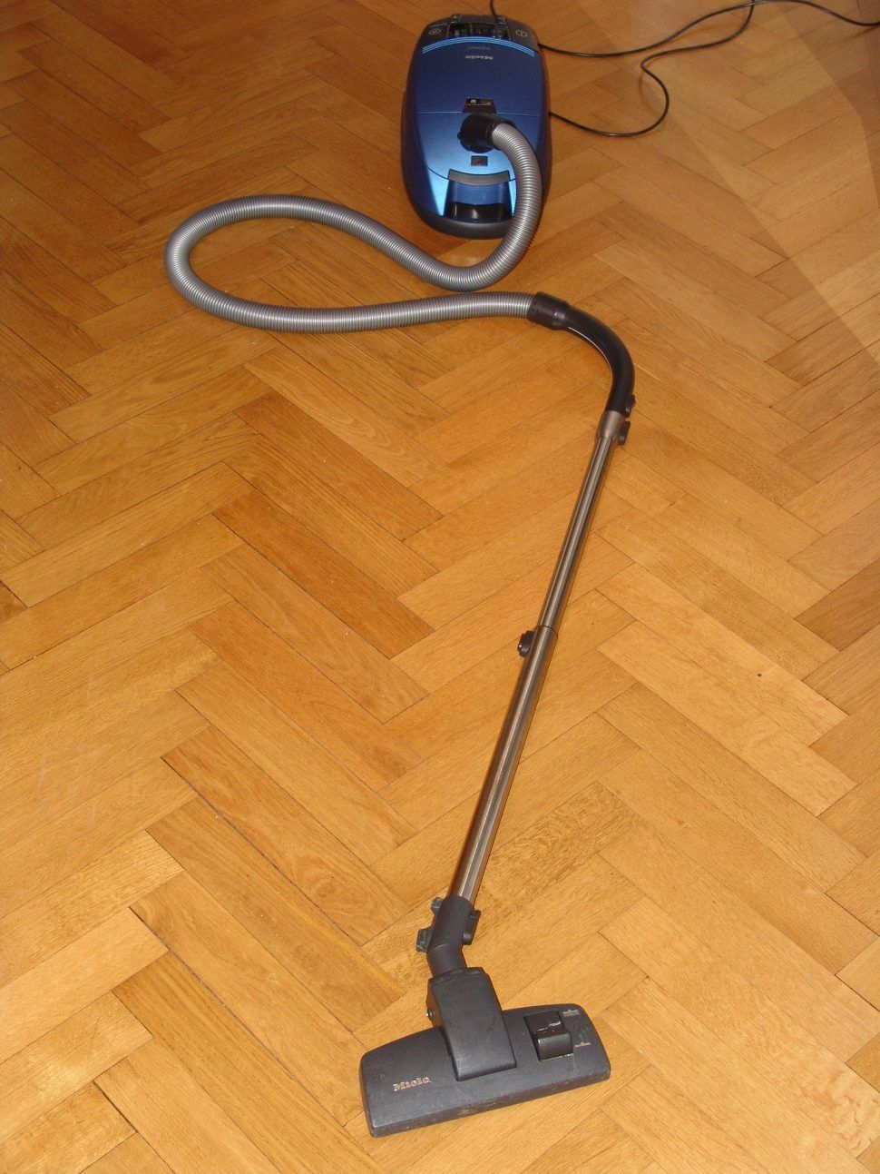 Miele Canister Vacuum Hardwood Floors Httpglblcomcom - What is the best sweeper for hardwood floors