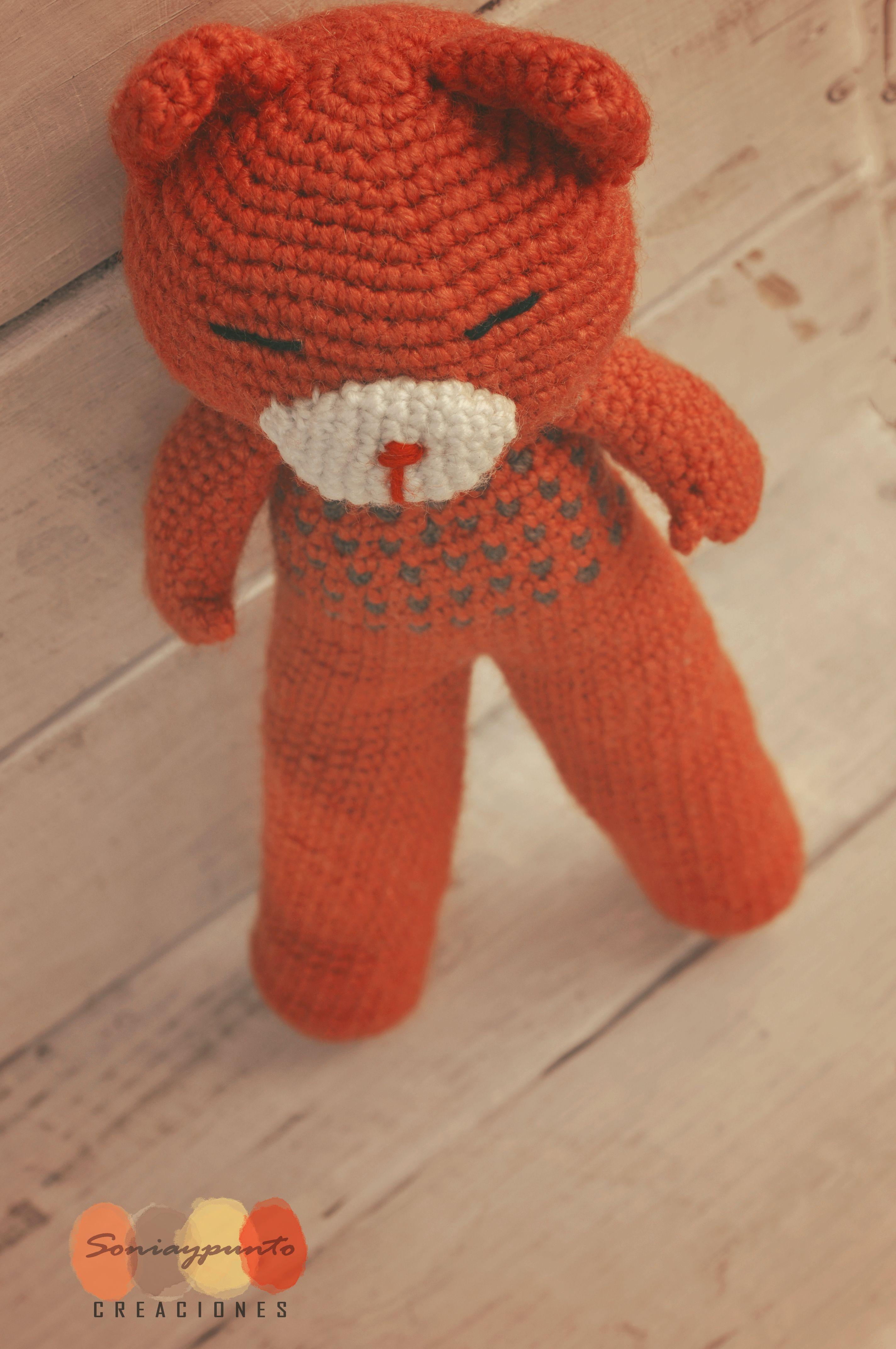 Gato naranja amigurumi by Soniaypuntocreaciones. Más en: goo.gl/QWmSBL