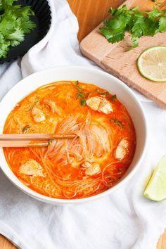 Würzige 20-Minuten Thai Chicken Soup - Kochkarussell