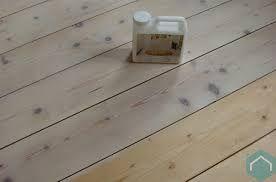 Afbeeldingsresultaat voor scandinavisch grenen vloer houten