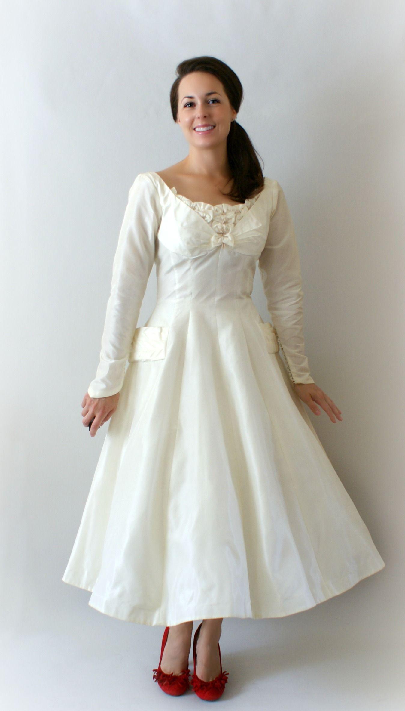 1950s Tea Length Wedding Dress sans the bow and the
