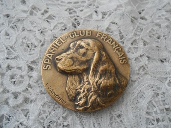 1920's Spaniel medal  for the collector signed by Nkempantiques, €45.00