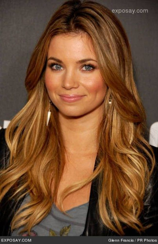 blond caramel 22 photos de cette couleur envoutante tendance coiffure i love hairs. Black Bedroom Furniture Sets. Home Design Ideas