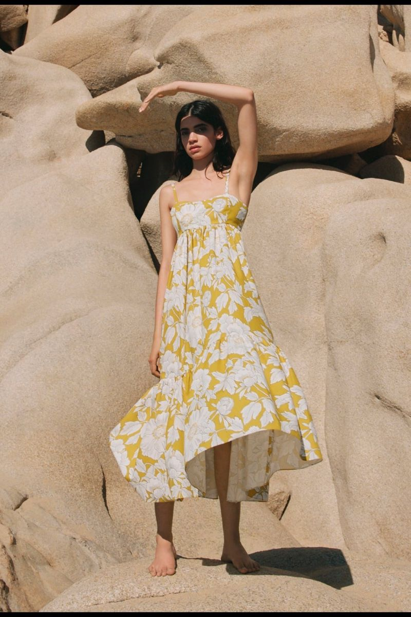 Daylight Zara Delivers Sunny Styles For Spring In 2020 Fashion Dress Party Fashion Dresses Casual Classy Dress