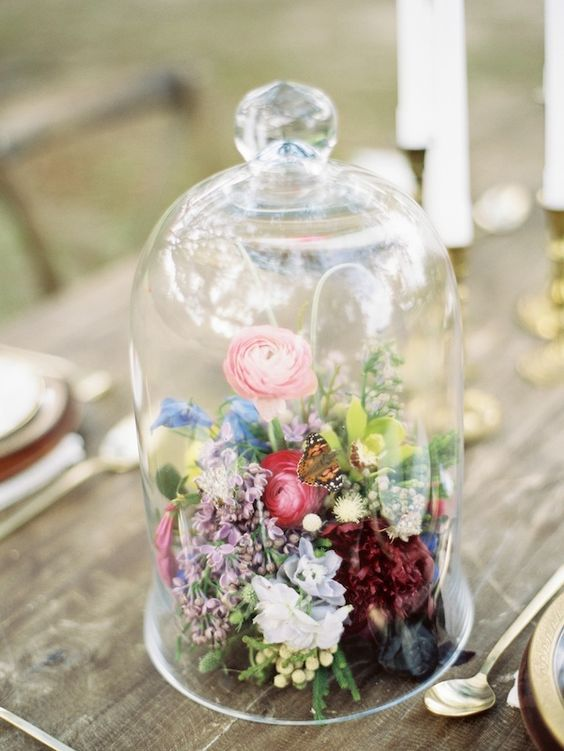 Gorgeous glass cloche bell jar wedding ideas